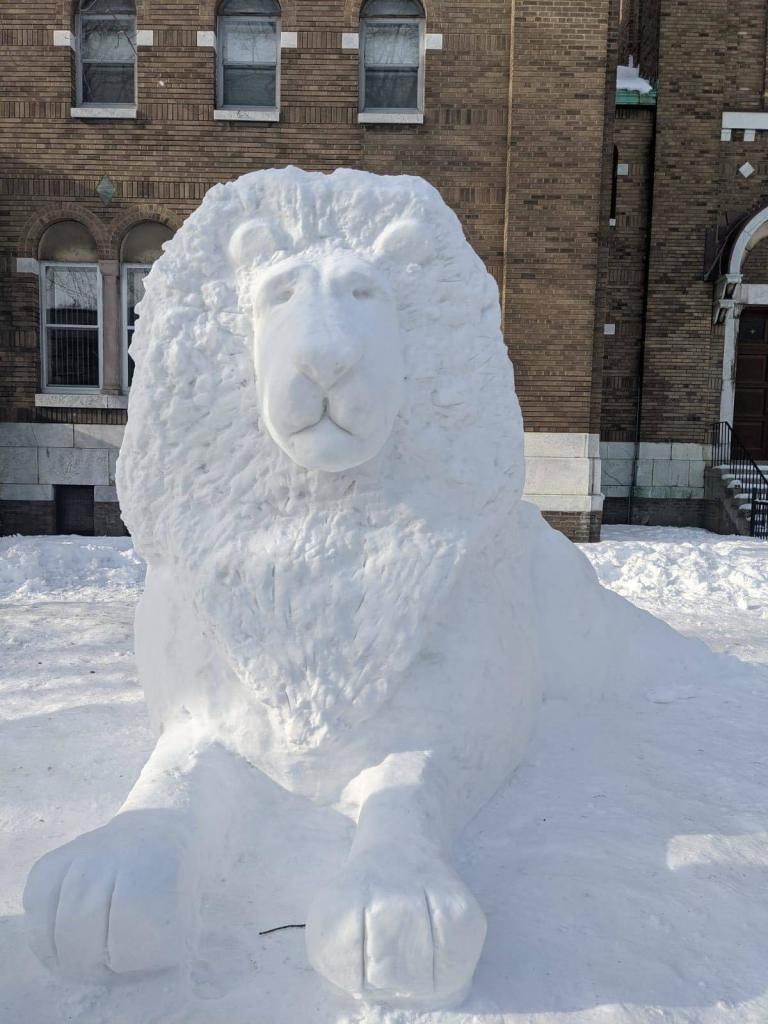 Lion de neige de Rosemont-La Petite Patrie