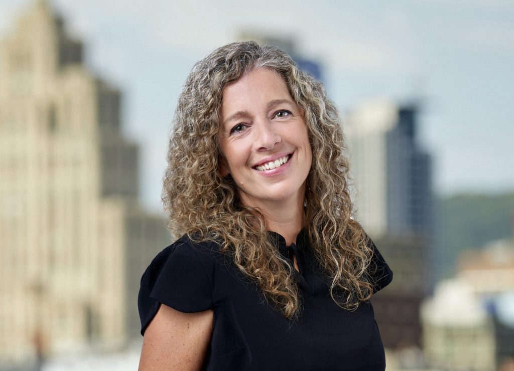 Geneviève McClatchie - Adjointe aux courtiers immobiliers - Équipe YE/SARRAZIN